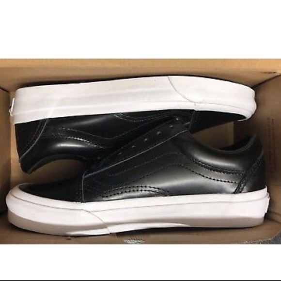 f4f4a82004f7 Vans Old Skool Zip DX Smooth Leather Black Classic